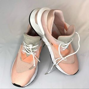 New balance 997s pink ladies shoes size 9